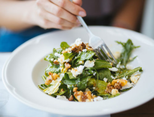 Walnut and goats cheese salad